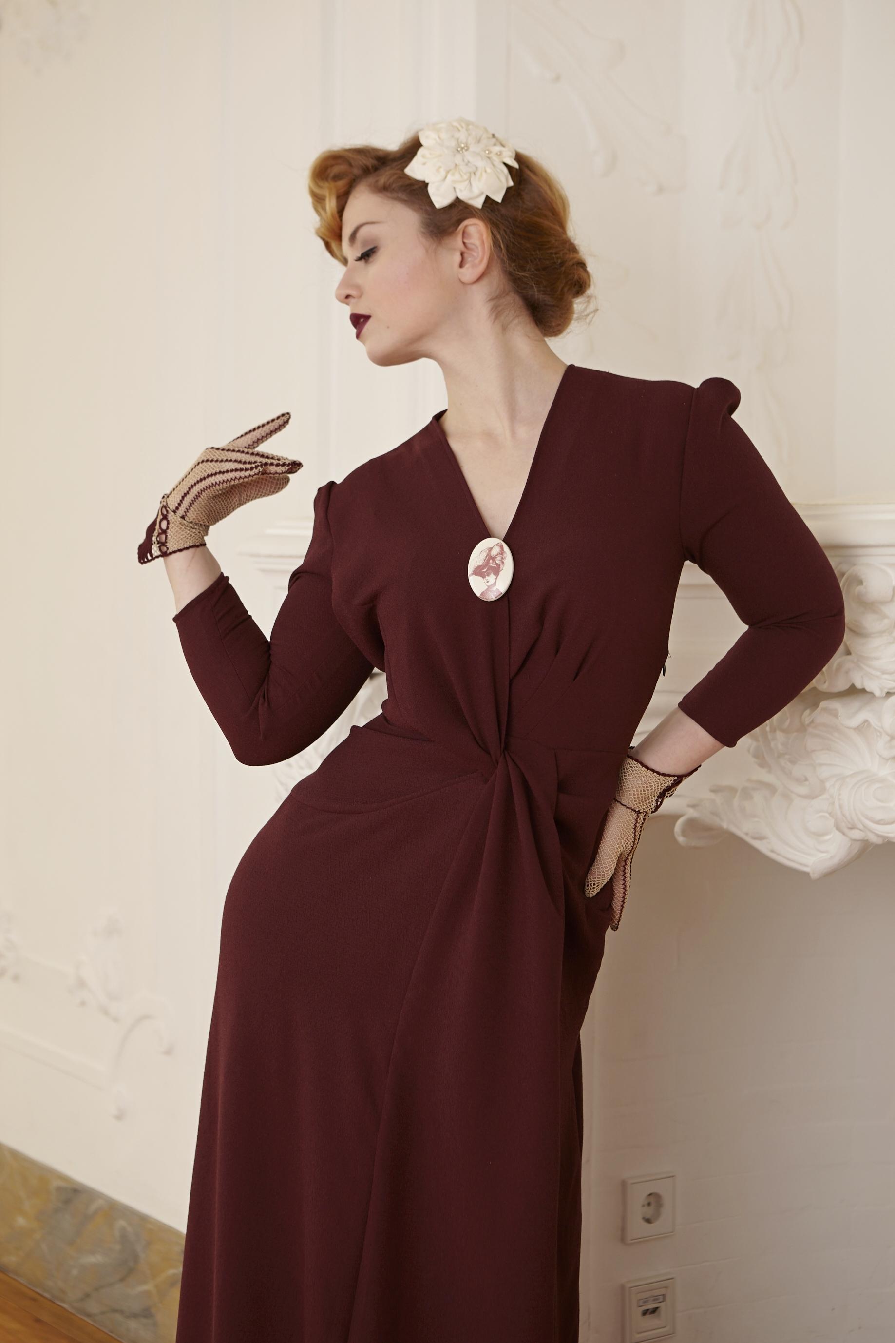 30ies evening gown detail